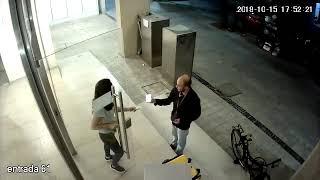 LaPlata Así dos delincuentes asaltaron a punta de cuchillo a un Glover repartidor que trab