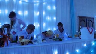 Папа поёт дочери на свадьбе!
