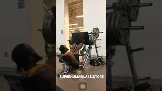 Black Superman Does 900 LBS Leg Press 💪🏾 #short #shorts