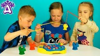 Рыбалка для детей Распаковка Детские игры Let's Go Fishin' game for children Розыгрыш(Предлагаем вам смотреть видео про новую игру для детей Рыбалка для детей LET'S GO FISHIN game for children. Сегодня мы..., 2016-06-11T12:10:44.000Z)