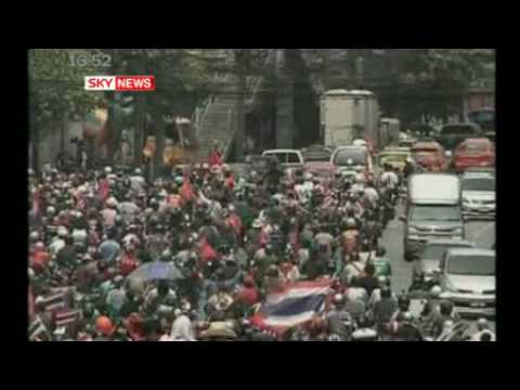 Thai Troops Open Fire At Red Shirt Protest