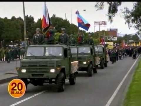 Desfile militar 20 de julio de 2013 bogota 1 youtube for Jardines 20 de julio bogota