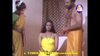Repeat youtube video limaTxeS Fake Samiyar Swamiji - Innocent Couple.flv