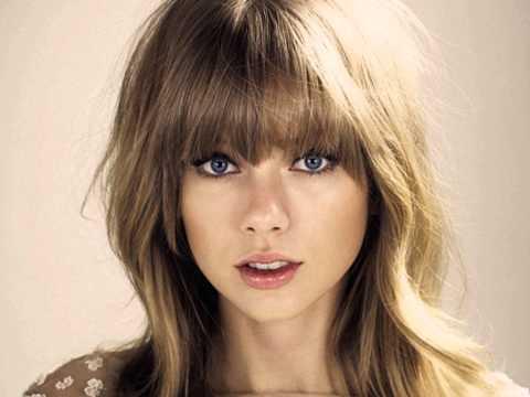 The Last Time Taylor Swift feat. Gary Lightbody lyrics on screen