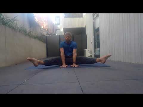 Straddle 3 Way Leg Lifts