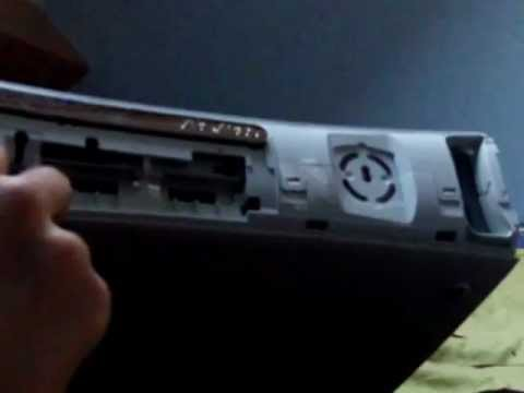 D monter sa xbox 360 et nettoyer la lentille tuto doovi - Ma ps3 ultra slim ne lit plus les jeux ...