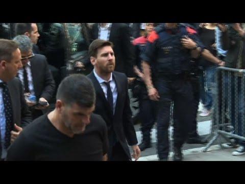 فيديو ميسي على مقعد المتهم في المحكمة !