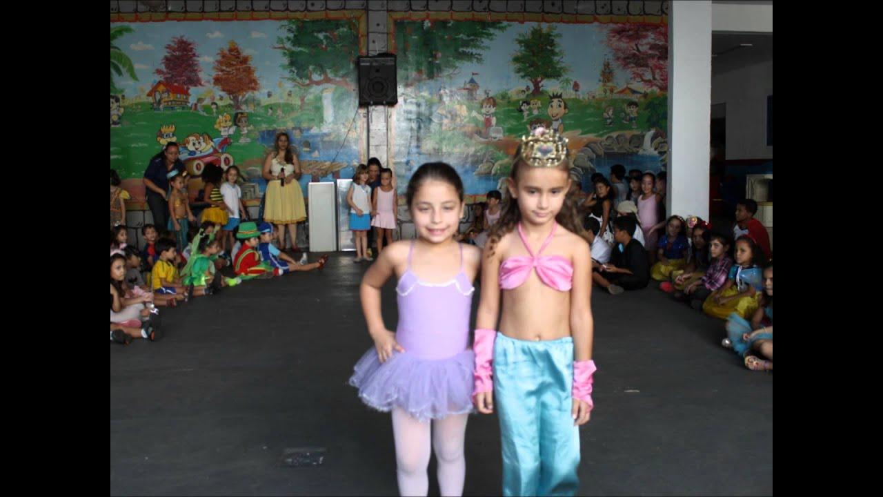 Dia Das Crianças Desfile De Fantasia Youtube