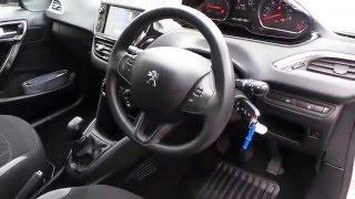 Peugeot 208 2013 Videos