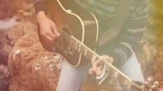 Download Passenger - And I love her (Traducida al Español) MP3 song and Music Video