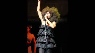 Erykah Badu - Appletree (Live @ The Jazz Cafe)
