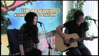 Cady Groves Performs Live @ B98.5 Studios- Momma's Broken Heart
