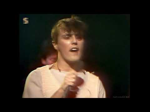 Tears For Fears - Mad World (Generation 80) (1982) (HD)