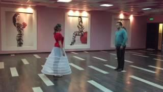 Постановка свадебного танца(танцуем#свадьба#вальс#свадебныйтанец#зебраленинградка#зебраречной#эсмира#зебралюбиттебя., 2016-07-14T20:51:59.000Z)
