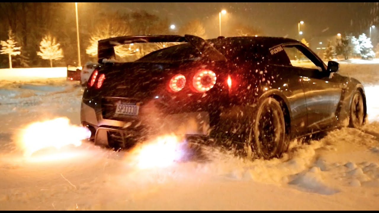 Video: watch a Nissan GT-R melt snow with exhaust flames