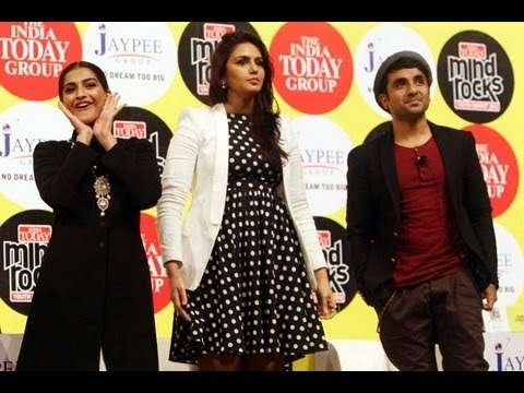 Sonam, Huma Qureshi and Vir Das at the India Today Mind Rocks Youth Summit 2012
