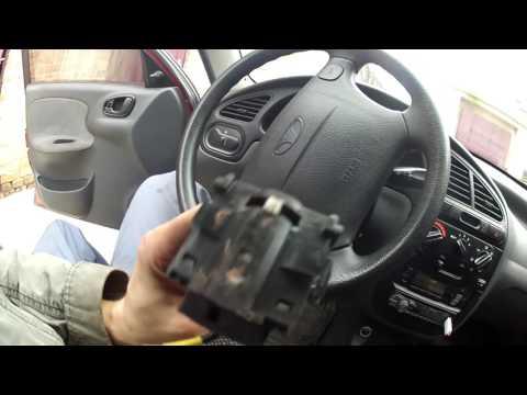 Заміна перемикача поворотів, дальнього та ближнього світла на автомобілі Daewoo Lanos