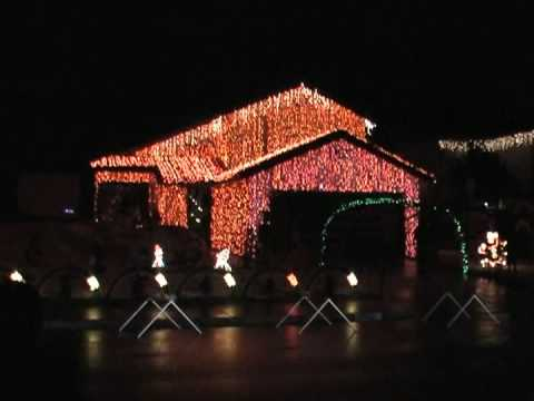 Christmas Lights to Trans Siberian Orchestra - 125,000 Lights! - YouTube