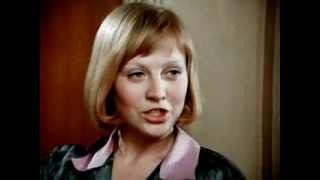 Светлана Крючкова - Серенада (Я здесь, Инезилья...)