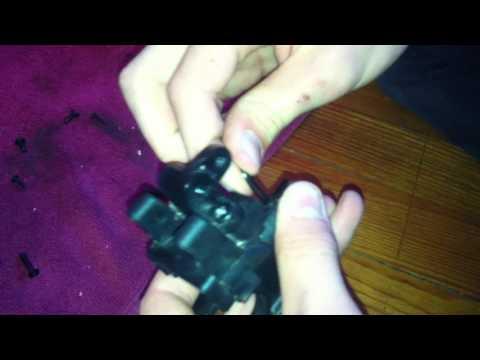 Comment changer l'huile de son différentiel arrière sur une voiture thermique