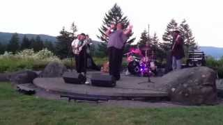 "Vicki Stevens & Sonny Hess ""29 Ways"" Skamania Lodge"