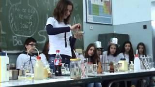 Zanimljiva hemija - Dan škole 2013.
