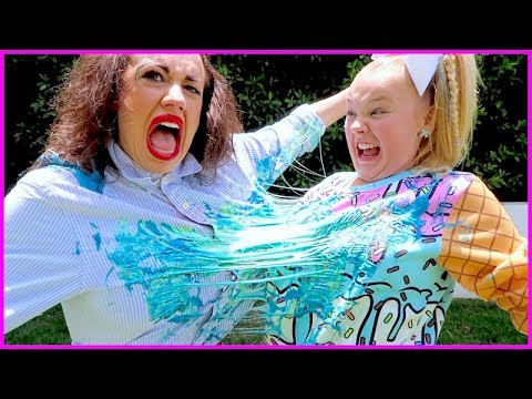 SLIME WAR WITH JOJO SIWA!