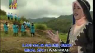 Wafiq Azizah Wahdana - Sholawat Badar