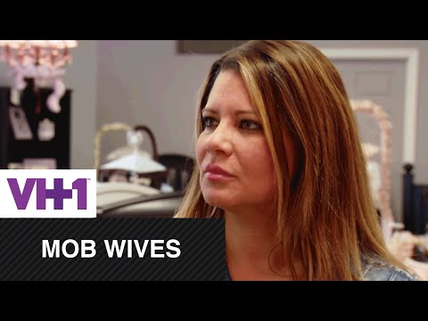 Mob Wives | Big Ang Turns to Karen For Support | VH1