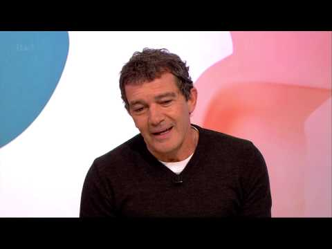 Antonio Banderas On Faking English | Loose Women