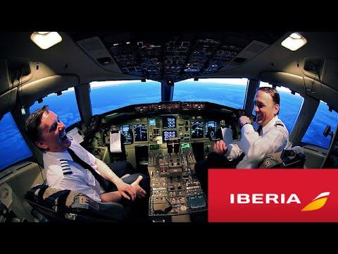 Piloto Gracioso de Iberia hablando!! // Funny Pilot Announcement