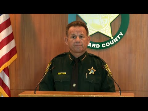 Florida Deputy Never Went In Parkland School to Confront Gunman