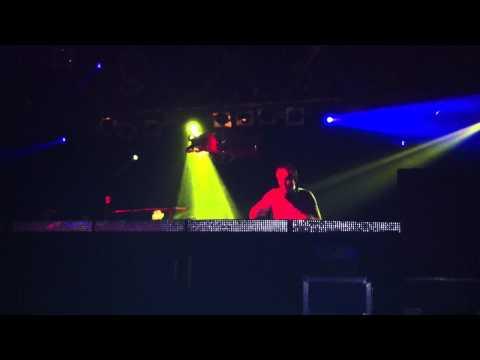 Undo en The Loft Barcelona - 16 Nov 2012 (Whistle Clip - One Dollar Dave) - 16 Nov 2012 (2)