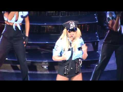 Crazy fan at Britney's Mohegan concert