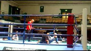 Andy draper mma league york hall may09 fight 2