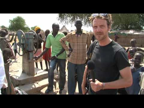Fooddrop in Africa by the World Food Program