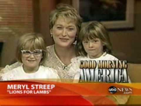 Resultado de imagem para meryl streep and daughters as kids