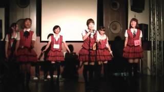 お風呂屋さんで働くアイドルグループ「OFR48」のライブの様子です。 201...