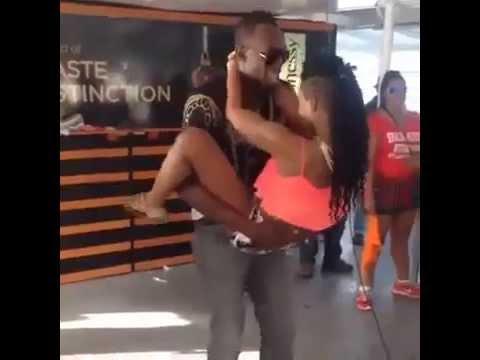 Lộ video 'nóng' của Usain Bolt,video 'set' của Usain Bolt