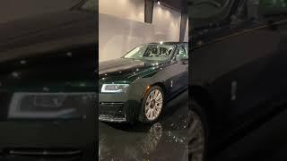 Rolls-Royce Ghost (Luxurious Car)