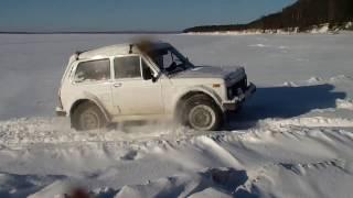 Зимняя рыбалка, лед 25 см Ничего не поймали, но протестировали Ниву