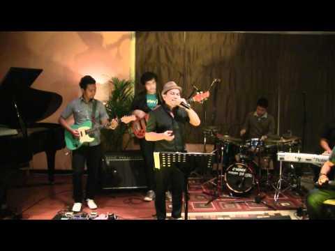 Tompi - Kutiding @ Mostly Jazz XXIII [HD]