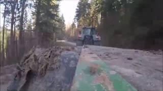Fendt 936 + John Deere 1470D [Harvester transport]