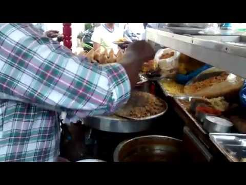 Street Food : Dinesh Chaat - Best of Bangalore!