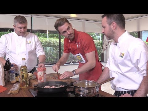 Aaron Ramsey Shows Off His Cooking Skills