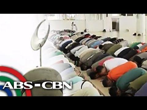 Bandila: Pinakamalaking mosque sa Marawi, muling binuksan