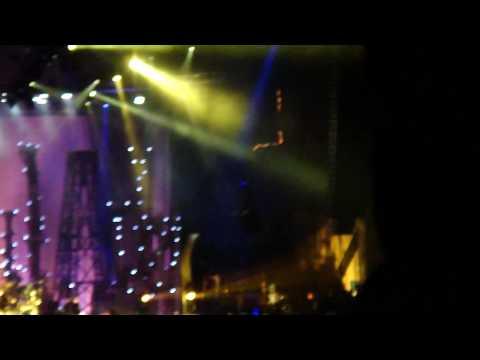 """Korn """"Let The Guilt Go"""" @ Mayhem Festival 2010"""