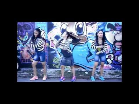 Buka-bukaan - Barakatak (Cover by Kembar and Friends)