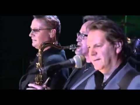 Chris de Burgh  Footsteps  In Concert 2009