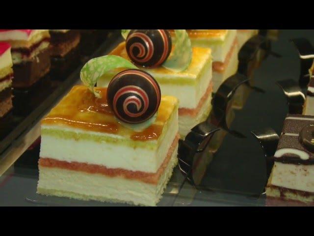 Dolci al cucchiaio di alta pasticceria torte moderne, dessert al piatto e  semifreddi. , YouTube